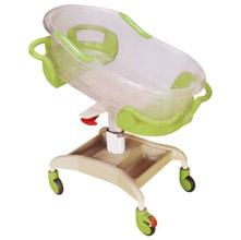 婴儿车YR-3 喷塑有机玻璃倾斜