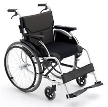 Miki 三贵轮椅车 MCS-43JL型免充气 轻便折叠 老人残疾人手推代步车